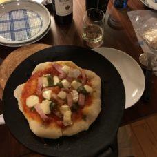 ピザ作り 薪ストーブでピザ