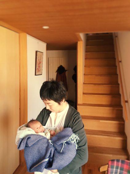 まちなか山荘日記|赤ちゃんものびのび