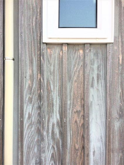 10年目の木の外壁 西面