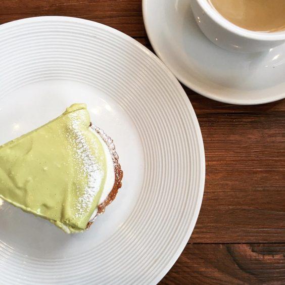 ナチュールさん ピスタチオのケーキ
