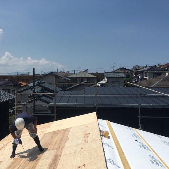 寺尾上のまちなか山荘 屋根パネル(2)