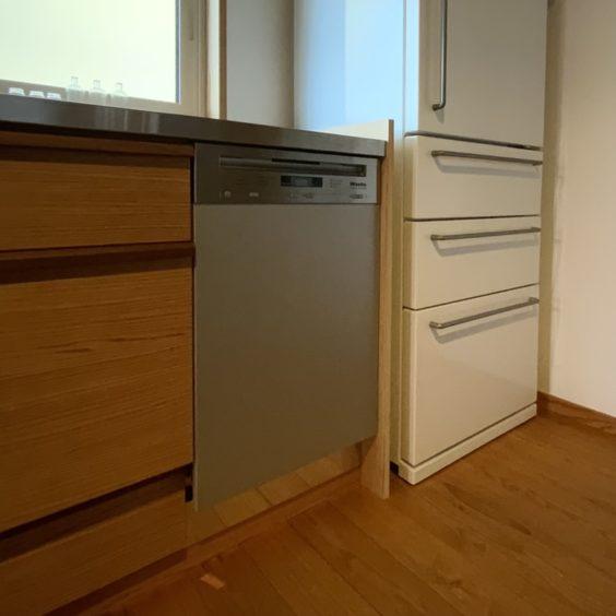 食洗器設置 (5) ミーレ