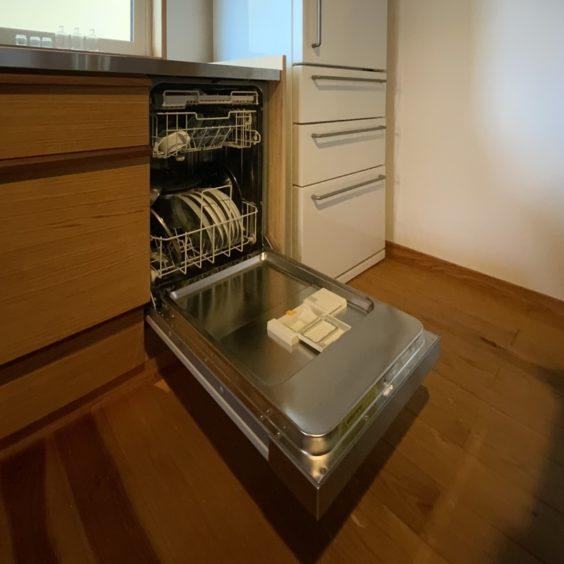食洗器設置 (4) ミーレ