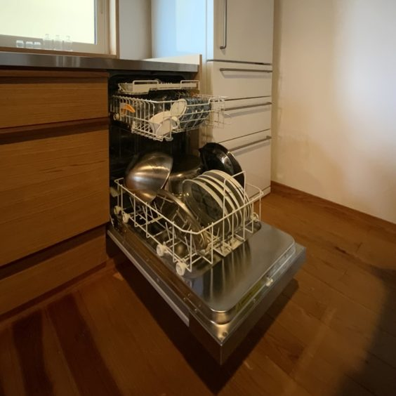 食洗器設置 (3) ミーレ